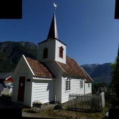 Eglise d'Undredal (la plus petite !)