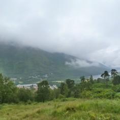 Après la pluie.. La brume ! (Vue du haut d'un des monts de Mamore)